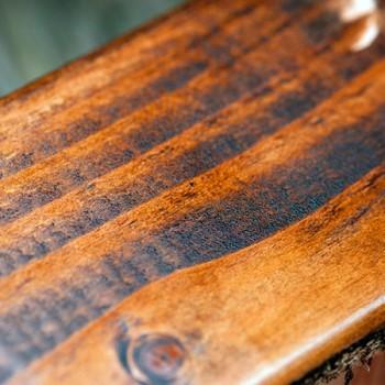 Pigmentos concentrados que permitem criar a cor ideal ou aplicação direto na madeira para um efeito vibrante.